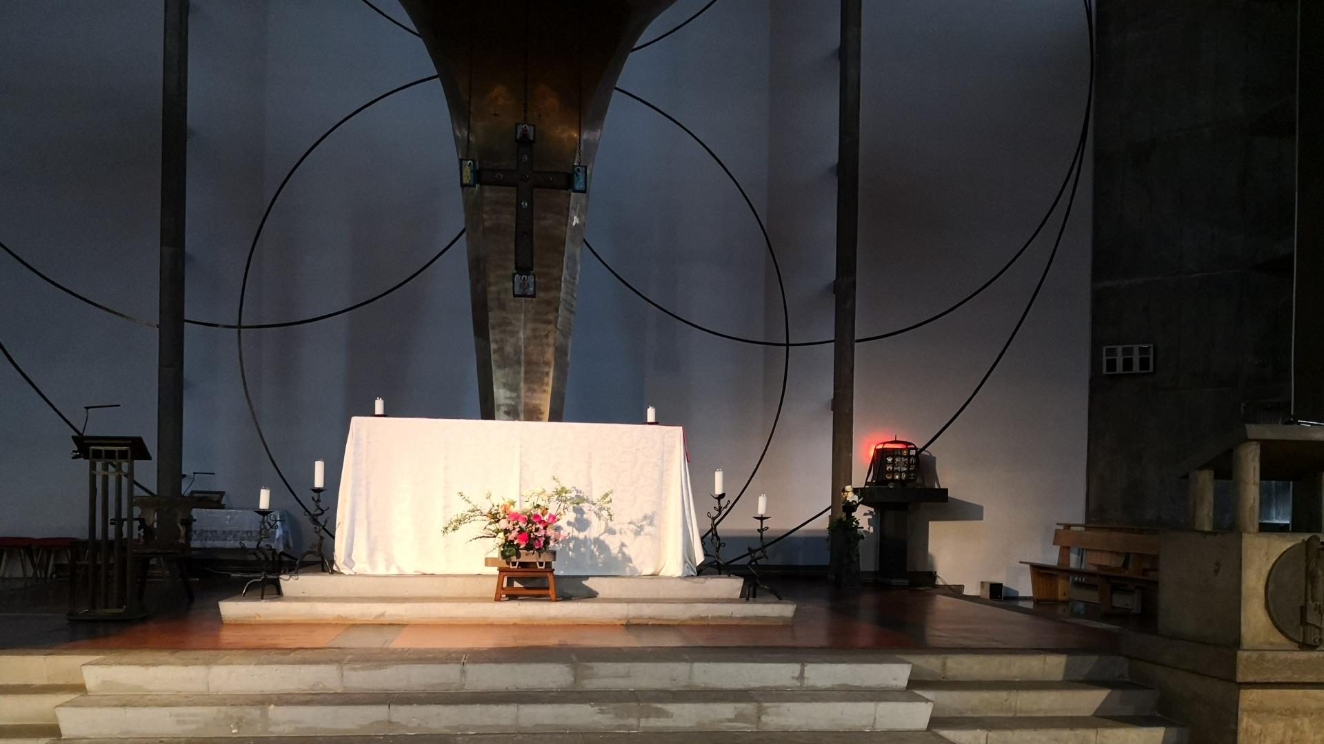 目黒教会 photo 01 (5)